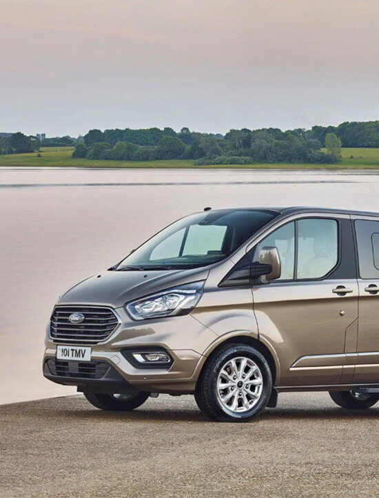 Ford Tourneo Custom Front vor See